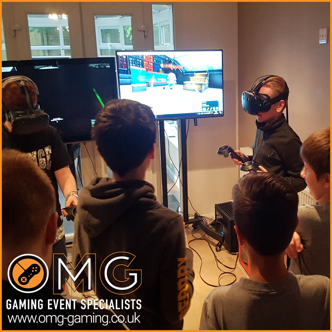 Multiplayer Virtual Reality Experience at a teenage boys birthday party